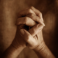 9 Ways to Integrate Prayer in Your Fundraising